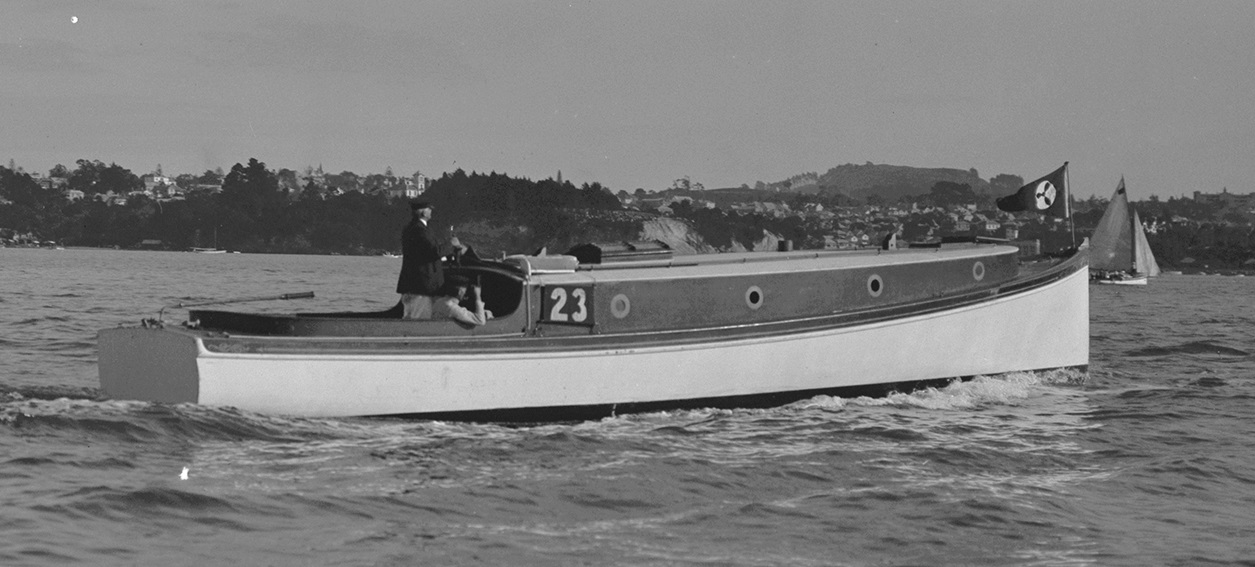 PH-NEG-8895 Oban 24.04.1915 Cropped